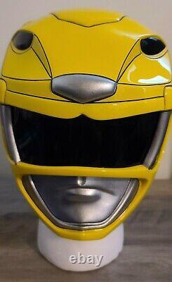 Aniki Cosplay Yellow Mighty Morphin Power Rangers Helmet Prop Zyuranger READ DES