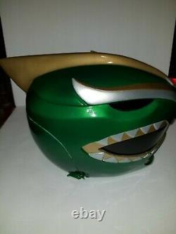 Green Ranger Helmet Cosplay By Taller Azlo Bat In The Sun Power Rangers