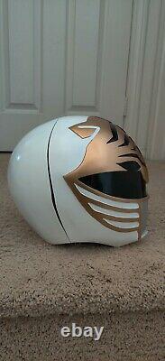 Mighty Morphin white power ranger costume cosplay helmet