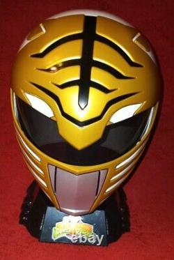 White Ranger WEARABLE HELMET Power Rangers Lightning Collection Cosplay Open Box